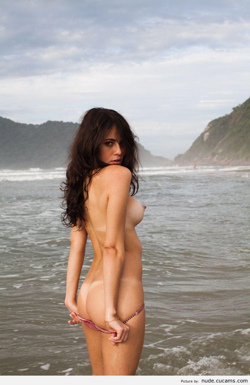 Nude Secretary Chubby by nude.cucams.com