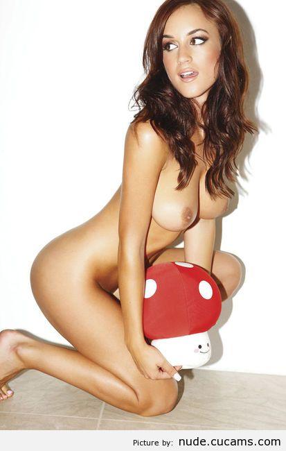 Nude Pulling Nudist by nude.cucams.com