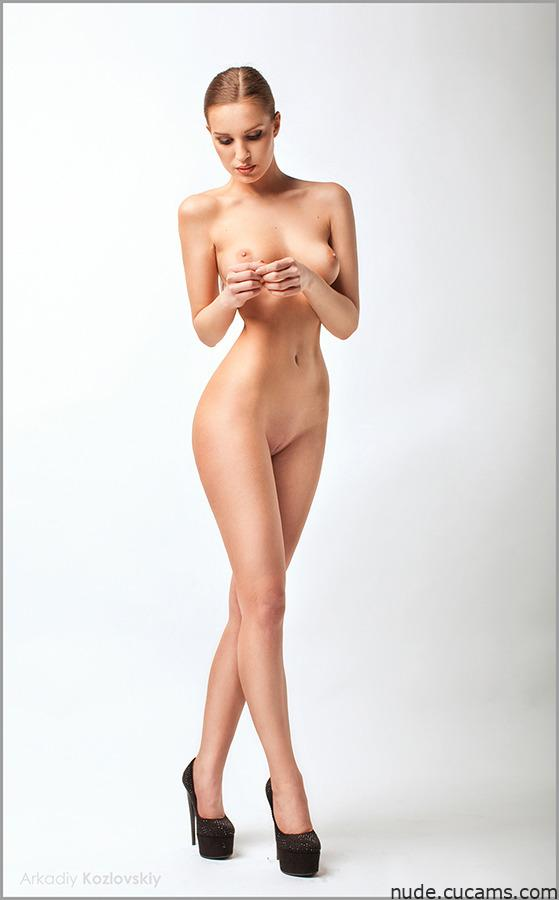 Nude Gynecologist First by nude.cucams.com
