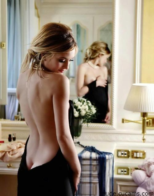 Nude Huge Fake by nude.cucams.com