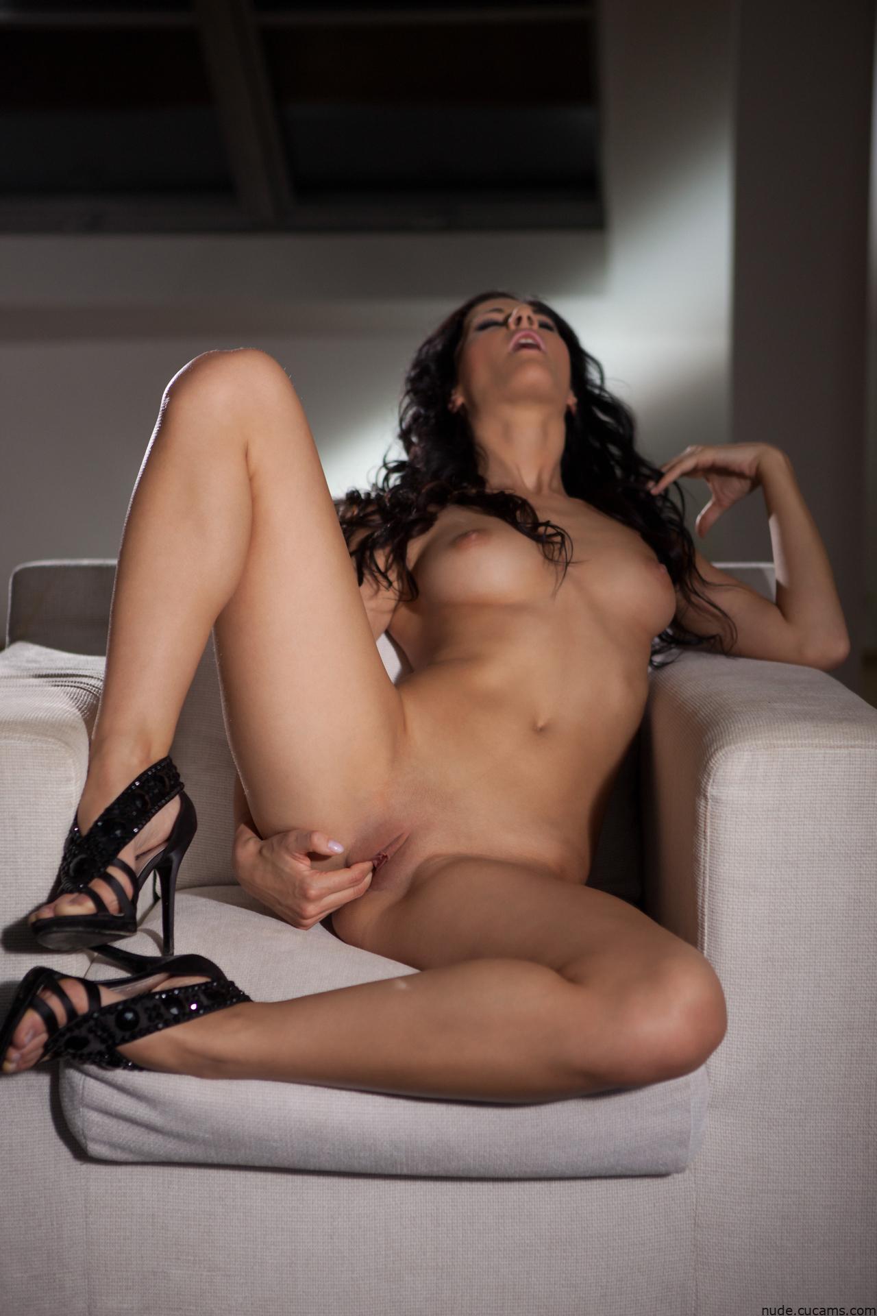 Nude Backroom Hentai by nude.cucams.com