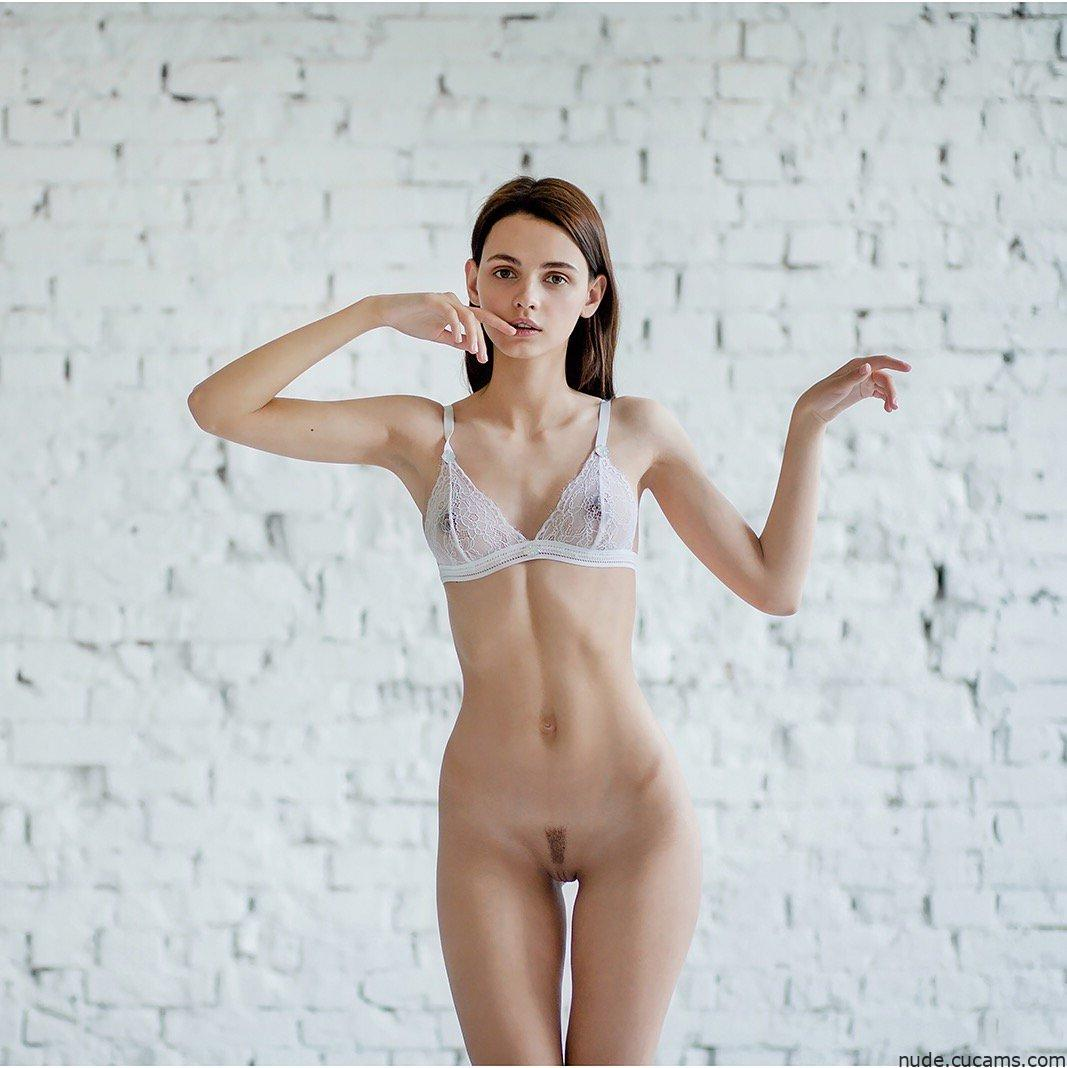 Nude Sorority Natural by nude.cucams.com